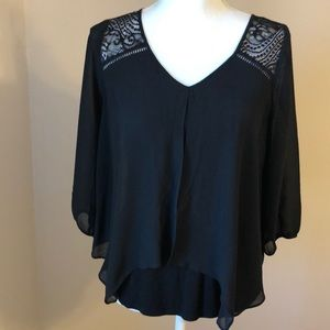 By & by black blouse size small